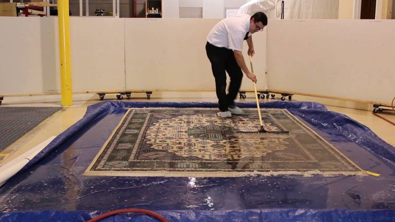 Best Way to Clean a Rug